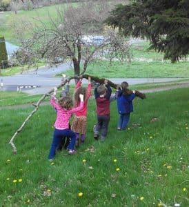 laurelwood-kids-325x356
